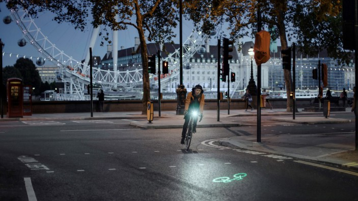 mestska kola tokyobike_blaze_laser_lights
